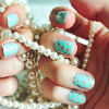 greeneyedmissy: (fingernails)