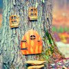 ravnsdaughter: (fairy doors)