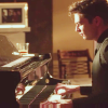 spikedluv: (political animals: tj - piano by trying-)