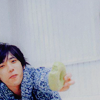 keeeerols: (Nino: want some donut?)