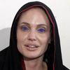 yadoran: (Преподобная Мать Джоли)