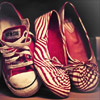 jest: (shoes red rough)