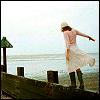 hannah: (On the pier - fooish_icons)