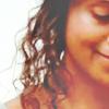 fitz_y: (gwen smiling)