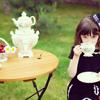 lovelymisslouise: (tea girl)