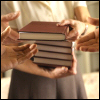 umadoshi: (hands full of books)