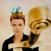 shirokoushaku: David Bowie distributing swords... (Rarity: Glasses)