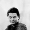 isleofapples: (moa // morgaine (priestess))