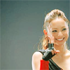 fooljoshi: jpop :: namie amuro flashing peace sign ([j-ent] peace!)