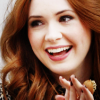 ashpags: happy claps from karen! (happy-karen-gillan)