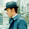 kindkit: Erik Lehnsherr wearing an awesome suit and hat (XMFC: Erik has an awesome hat)