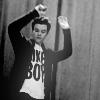 genericzombie: (Glee: Kurt)