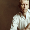 sarken: anderson cooper in a white shirt ([pundits] expensive sadness)