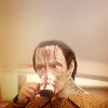 salienne: (DS9 Garak drinks)