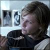 hadtobegood: (eating)