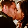 hoodedthiefrobin: (Regina kiss)