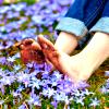 lady_rhian: (feet in flowers)