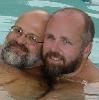 qbear: (pool)