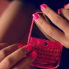 whitenoise: (pinkphone)