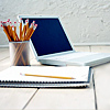 elizabeth: laptop with notebook & pens (laptop)