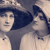 queen_ypolita: Vintage photography with two women (VintageFriends by auctrix_icons)