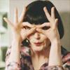 mazily: miss fisher making finger glasses (oil change: OHL smrt)