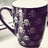 musyc: Coffee mug with skull and crossbones design (Coffee: Pirate cup)