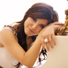 subluxate: Sophia Bush leaning against a piano (House: Thirteen - leaning)