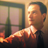 sholio: Peter from White Collar looking up (WhiteCollar-Peter look up)