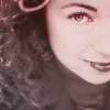 luciazephyr: Alex Kingston looking gorgeous. this is a shallow icon. ([DW] hello sweetie)