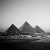 ovalencia: (Stock: Pyramids)