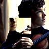 lelann137: (Sherlock BBC - violin)