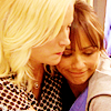 goodbyebird: Parks and Recreation: Leslie and Ann hug. (P&R best of friends)
