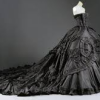 redsnake05: A dramatic black dress (Fashion: Black dress)